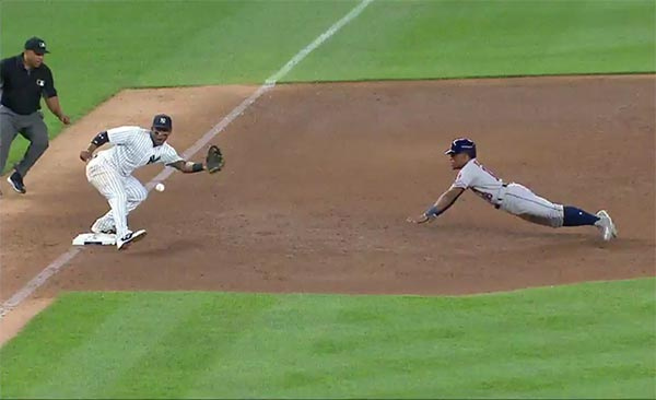 Yankees' Gary Sanchez Turns Wild Pitch Into Amazing Play (VIDEO)