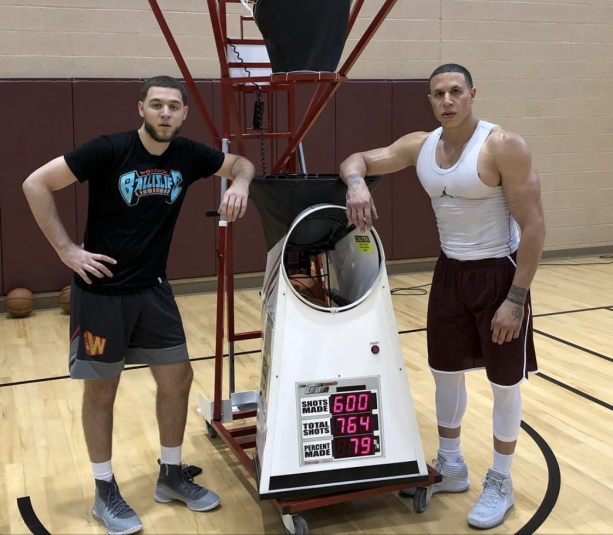 Mike Bibby Definetly Doesn't Suffer From Low Testosterone