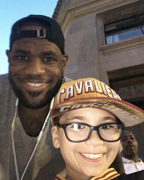 LeBron James Emotional Moment With A Young Fan Leaving Him Speechless!