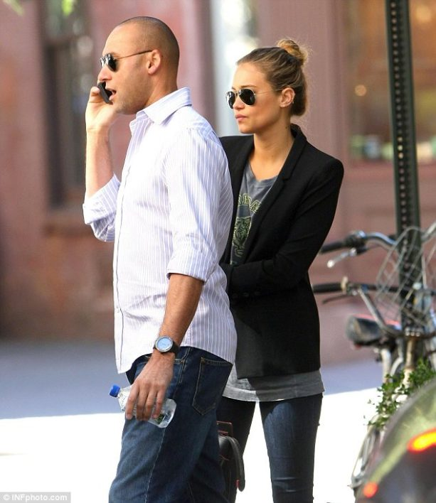 Hannah Jeter To File For Divorce From Derek?