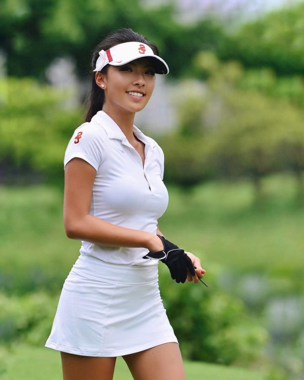 Pro Golfer Lily M. He Will Turn Some Heads