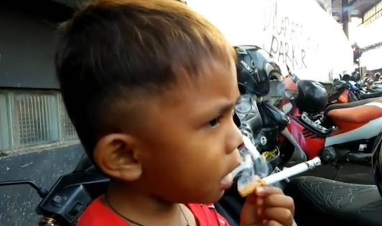 The two-year-old who smokes 40 cigarettes a day #thuglife