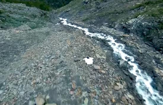 Surfing the Mountain – Wingsuit Proximity Flying in Zermatt