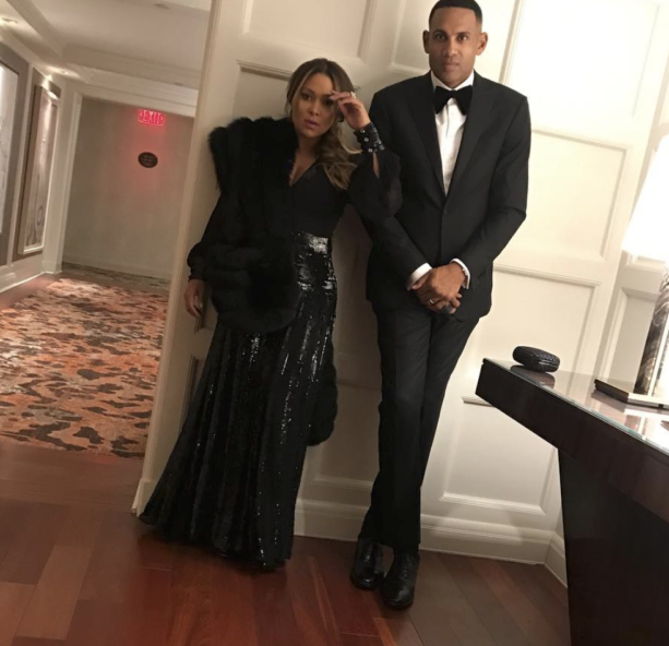 Grant Hill's Wife Tamia Still Looking Good On Stage