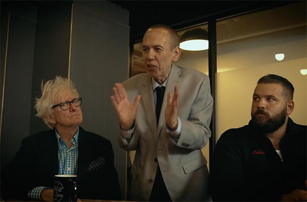Gilbert Gottfried Rips NFL In Hilarious Sketch About Kneeling