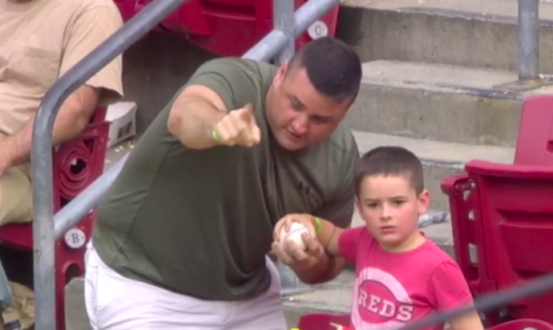 Reds Fan Instructs Son To Throw Back HR Ball Hit By Diamondbacks