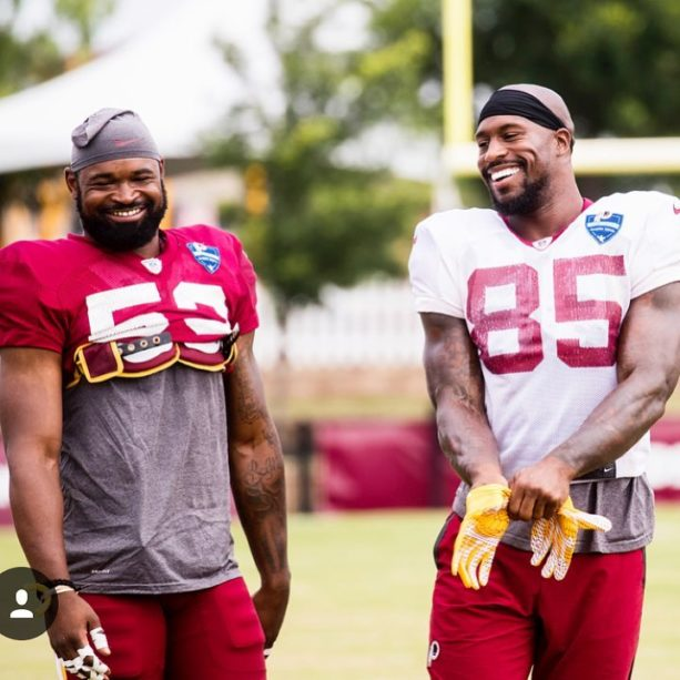 Vernon Davis Offers Redskins LB Zach Brown 10K To Say His ABCs Backwards