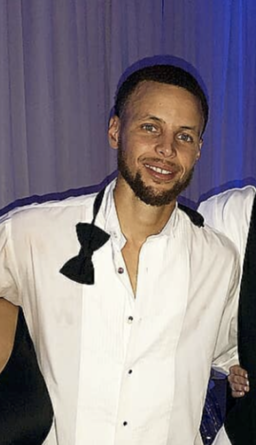Video- Steph Curry Turns Up At Sisters Wedding