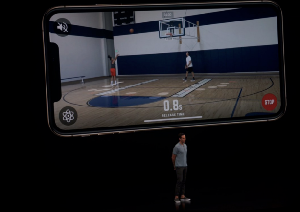 Video- Steve Nash Shows Up At Apple iPhone Event
