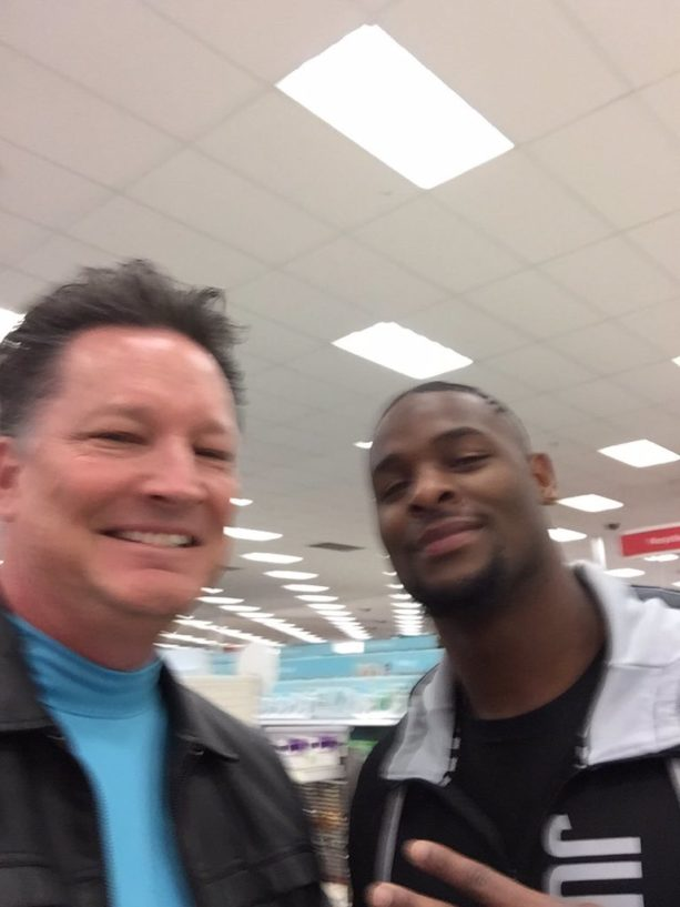 Le'Veon Bell On His Way To Steelers Camp?