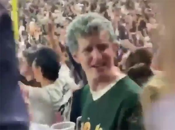 Yankees Fan Throws Beer At A's Fan During Wild-Card Game (VIDEO)
