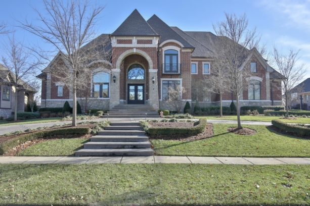 Bobby Petrino Selling His Louisville Home